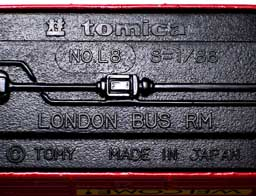 L8 LONDON BUS RM 001-04