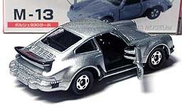TOMICA SUPER CAR M-13 930 TURBO 001-02